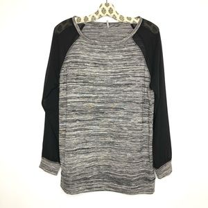 NWOT Color Thread long sleeve top size L